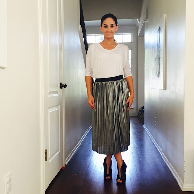 4832bde235 This silver metallic pleated midi skirt (Strut) is surprisingly versatile.  Here I pair it with a One Eleven London t-shirt (Express) for a casual work  look