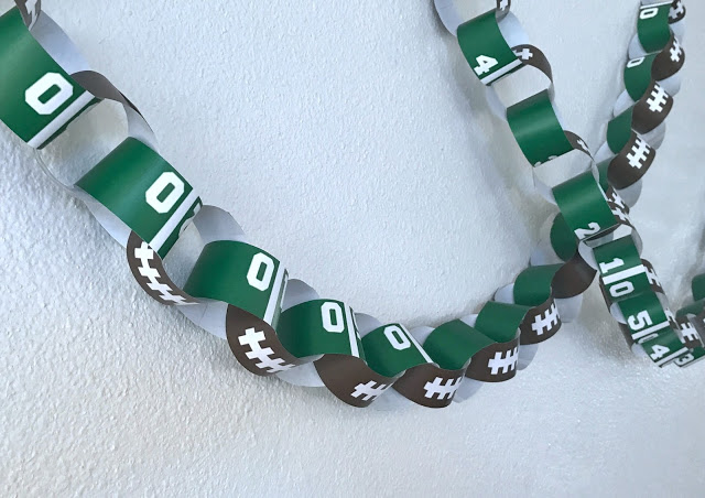 printable football party decorations - paper chain