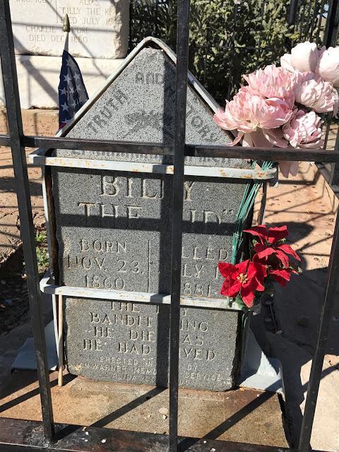 Southwest road trip roadside attractions: Billy the Kid's grave