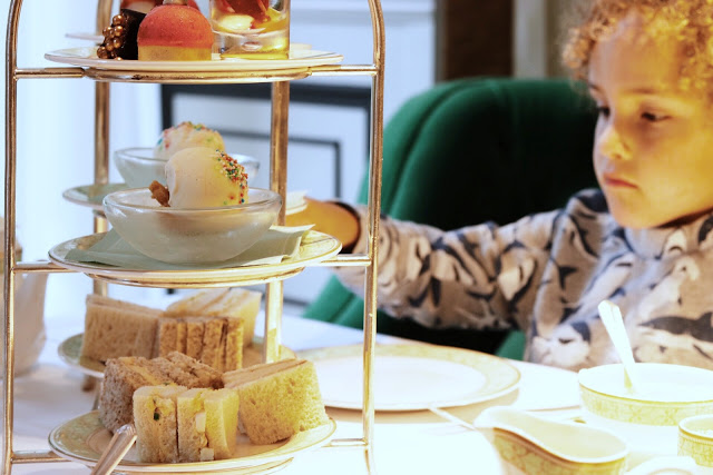 fabulous things to do in london with children: high tea at park lane at grosvenor house
