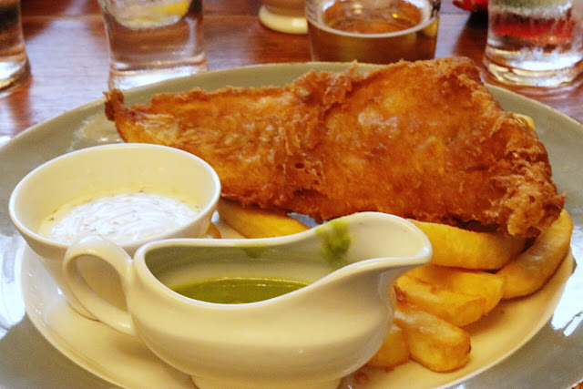 what to eat during a uk road trip: Fish and chips lunch at Castle & Ball during our england driving tour