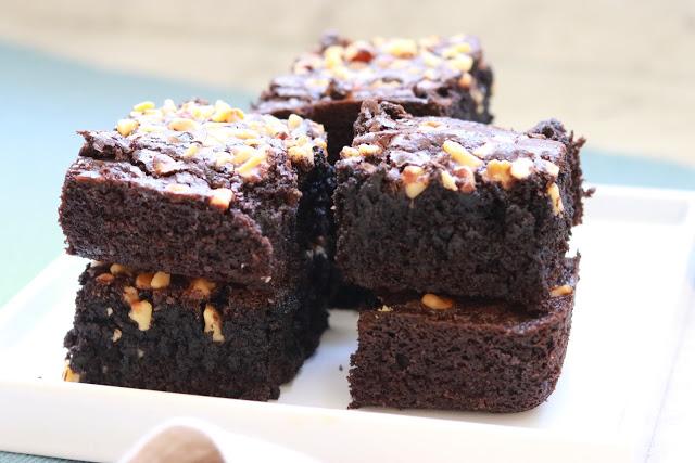moist classic brownies recipe