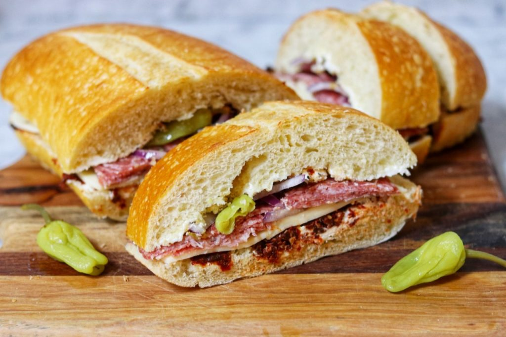 picnic food list: Tote-and-Slice Loaf Sandwich