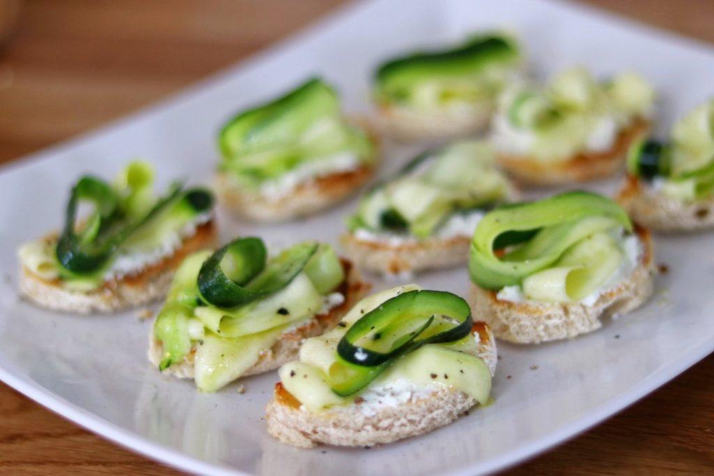 Zucchini and Goat's Cheese Bruschetta - easy zucchini appetizer recipe