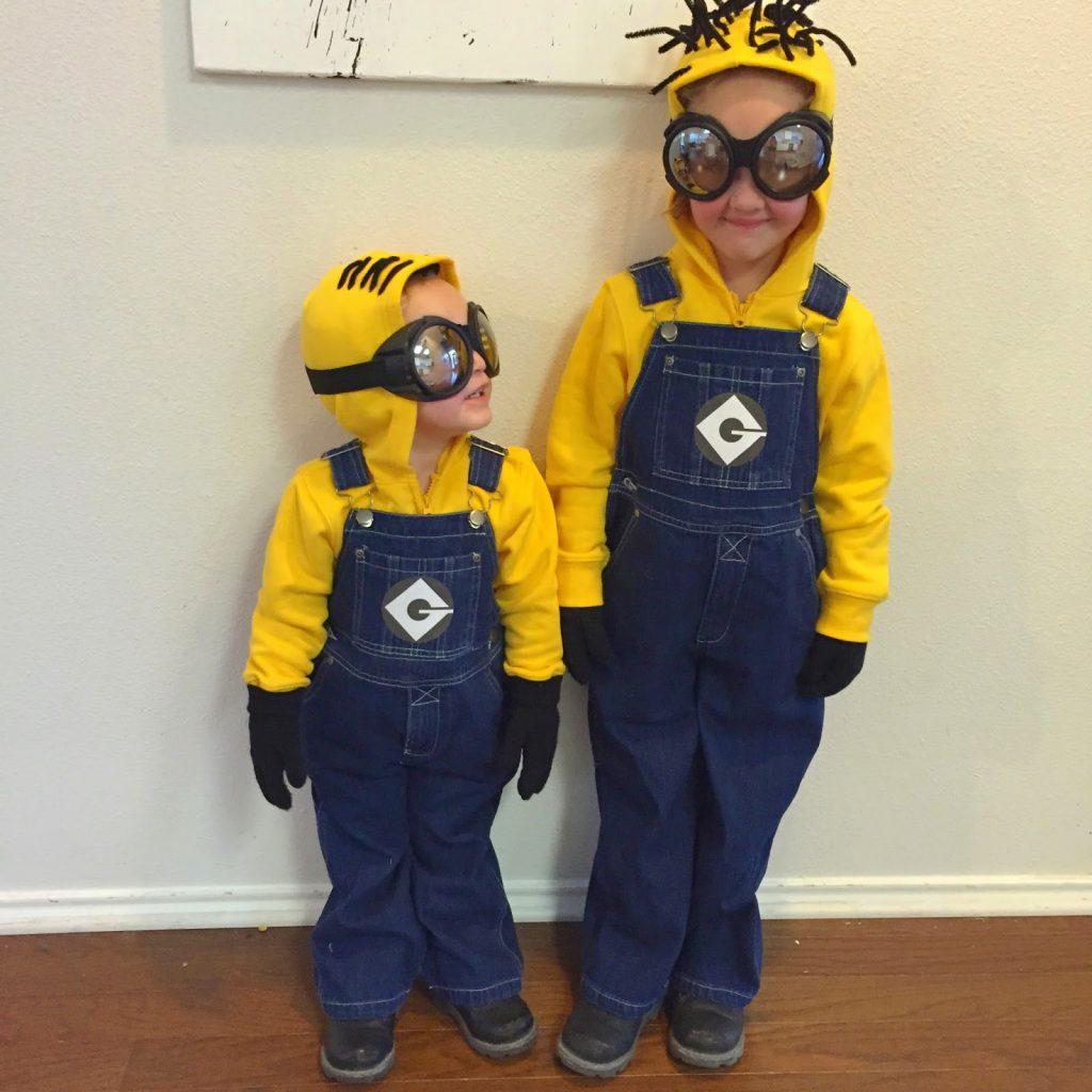 DIY Despicable Me costume - minions!