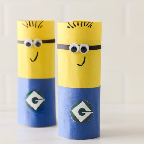Easy Despicable Me Minion Craft (toilet paper roll minions)