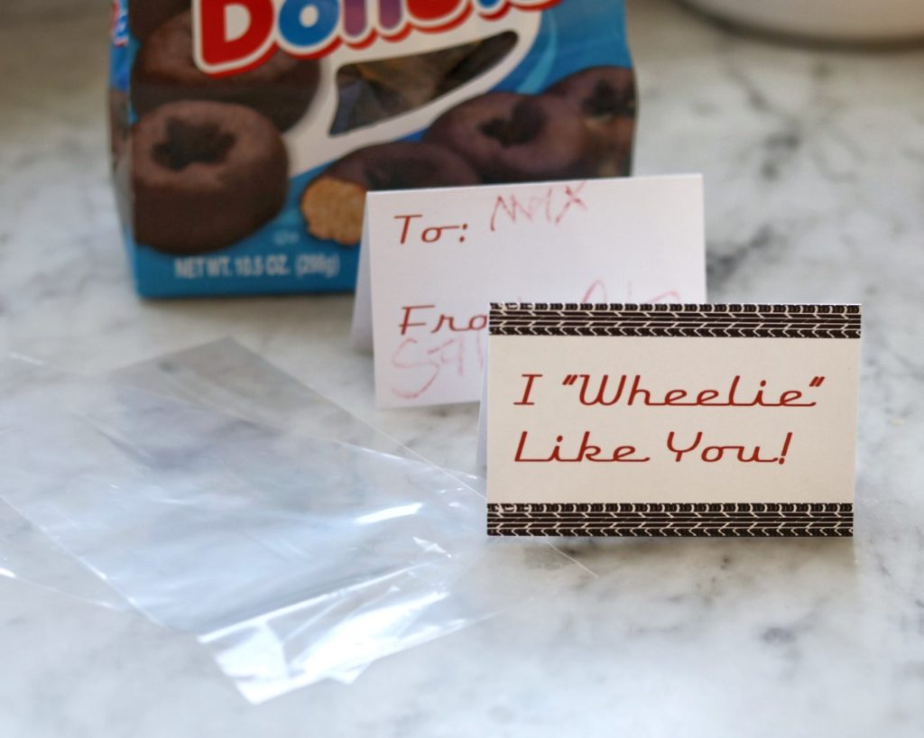 car themed valentines idea (with free printable)