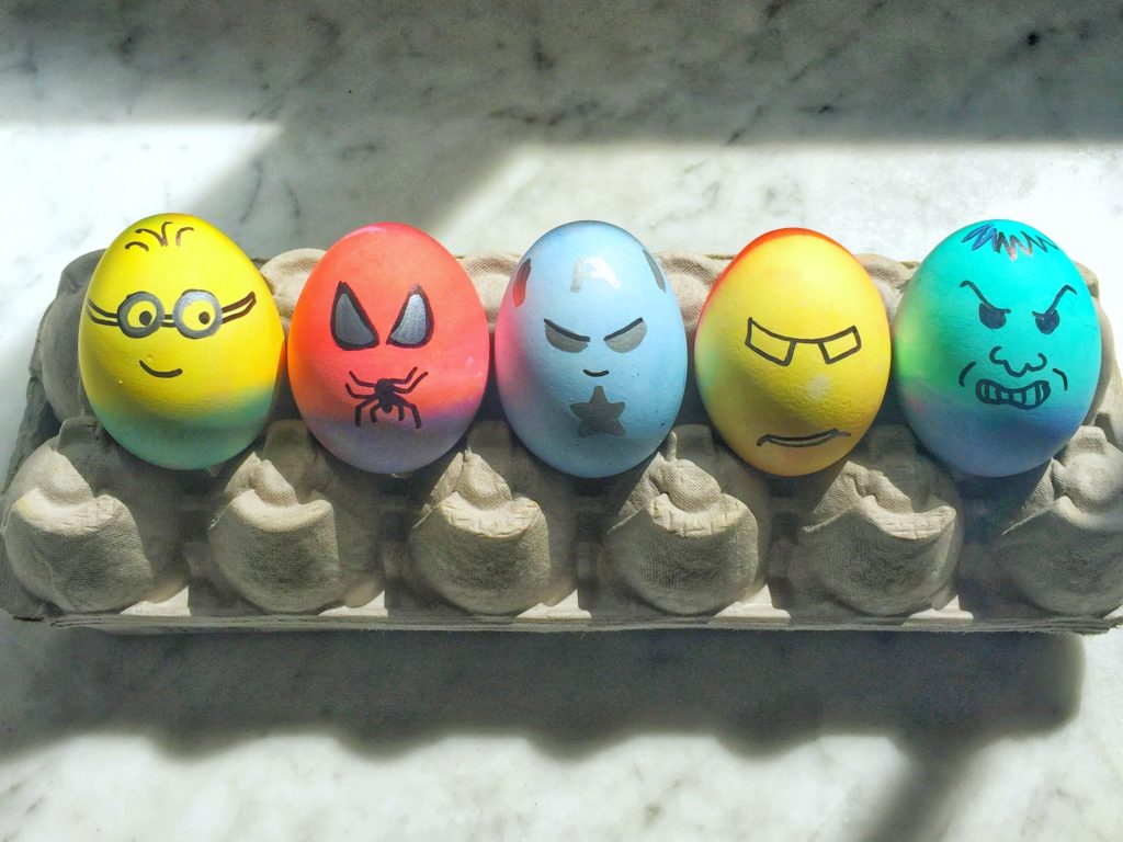 super hero easter eggs decoration