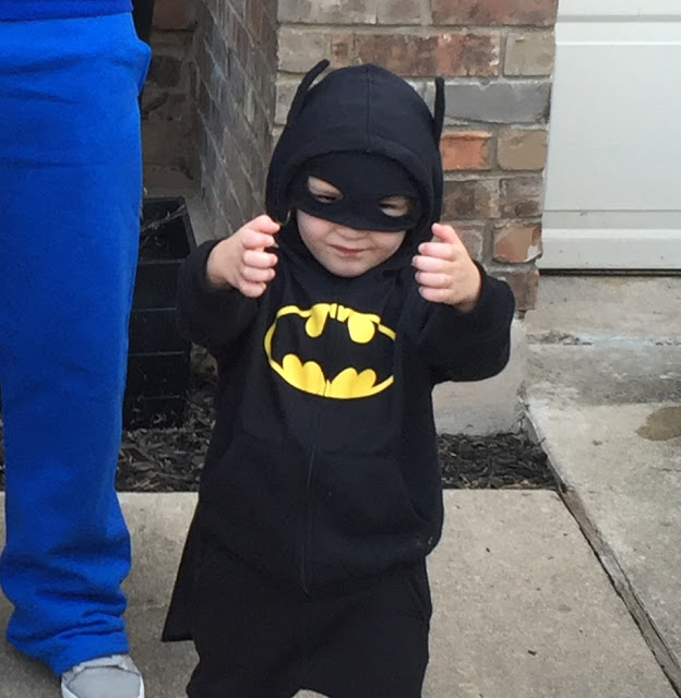 LEGO Batman toddler costume - comfortable and easy DIY LEGO Movie Batman costume
