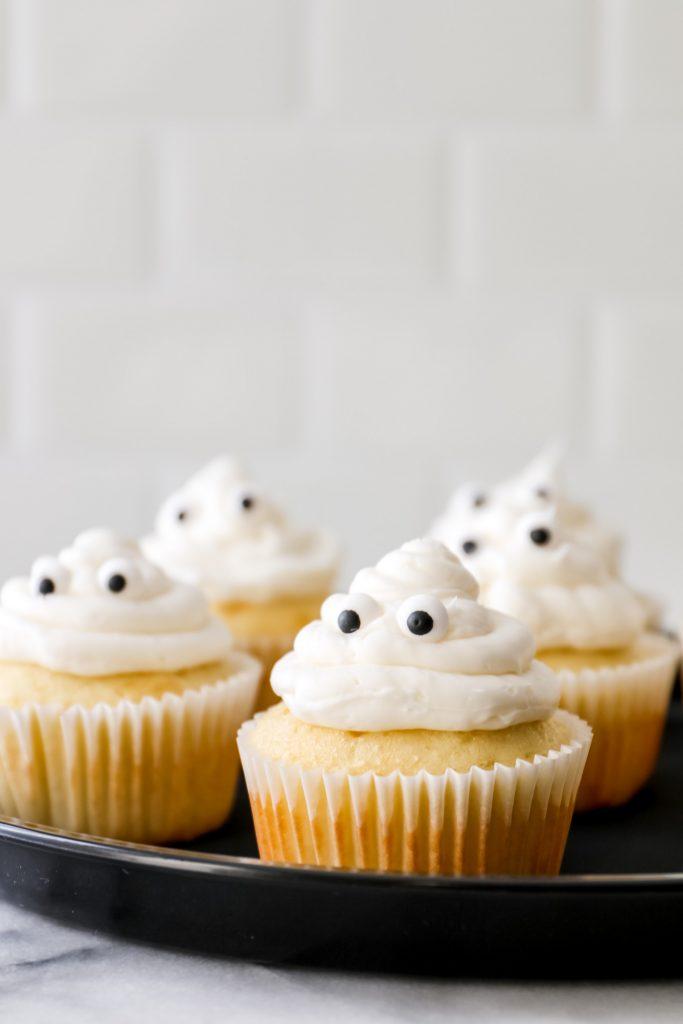 halloween birthday party ideas - easy ghost cupcakes