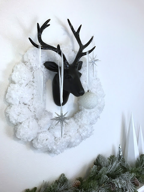 Modern Christmas mantel decor idea