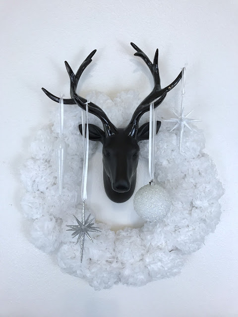 Contemporary Christmas decor, black and white