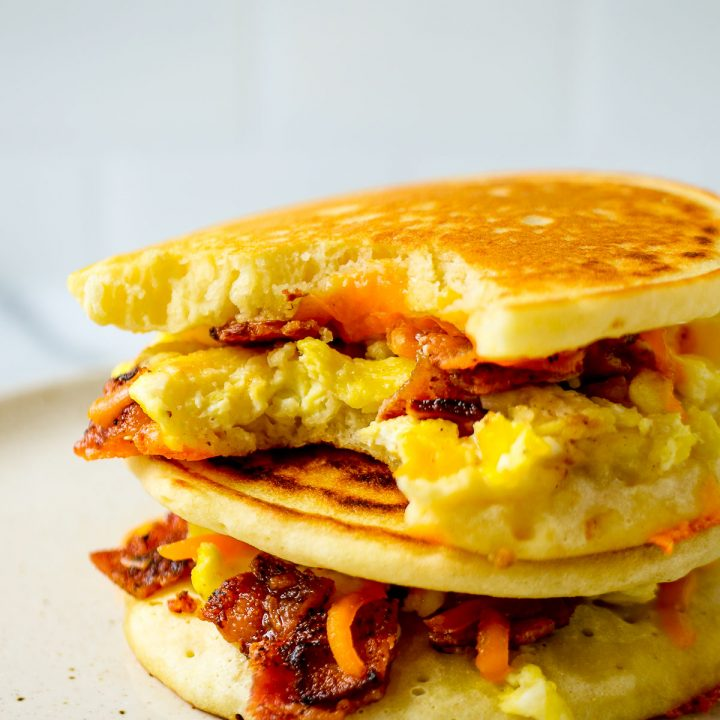 Grab and go breakfast sandwich: breakfast pancake sandwich recipe from Fab Everyday
