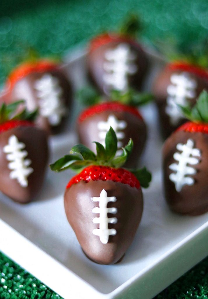 easy chocolate covered strawberry footballs for a super bowl party