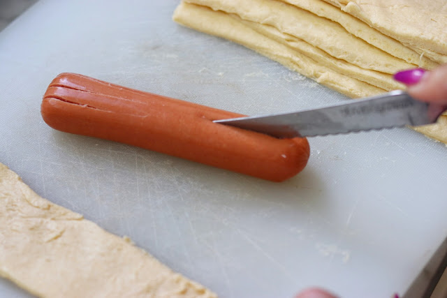 how to make hot dog spiders