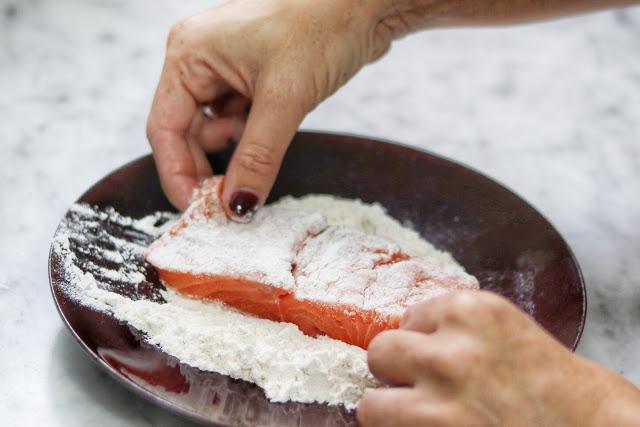 easy salmon piccata recipe