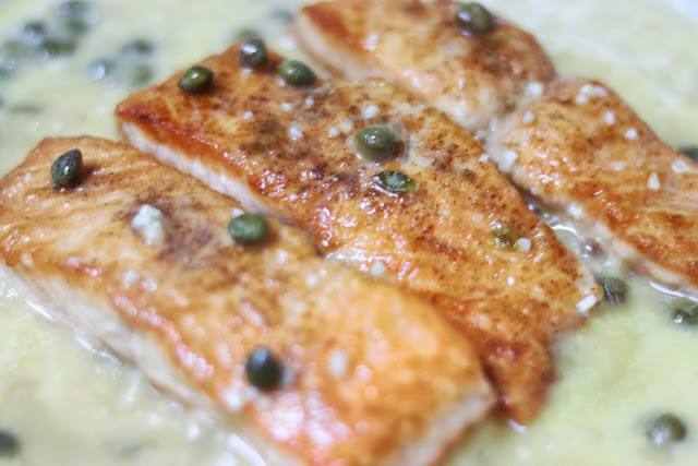 how to make restaurant-style salmon piccata