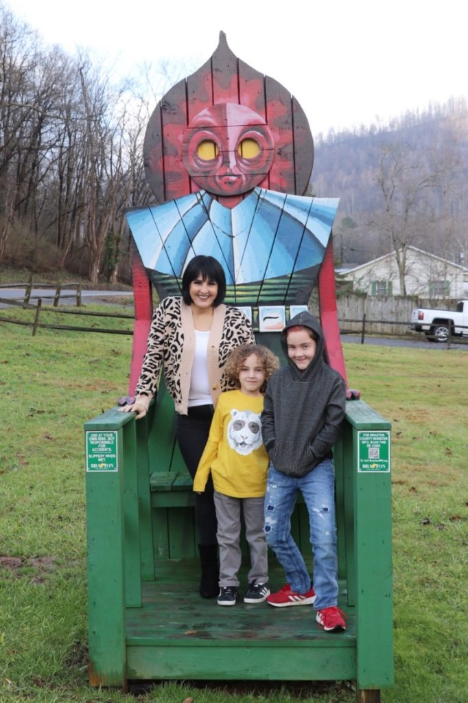 Flatwoods (or Braxton County) Monster in West Virginia - monster chairs roadside attraction on our Washington dc road trip