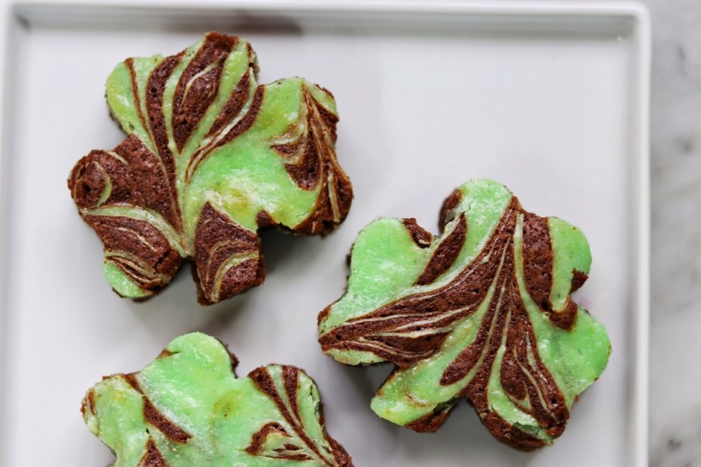 st. patrick's day brownies recipe: mint swirl shamrock brownies
