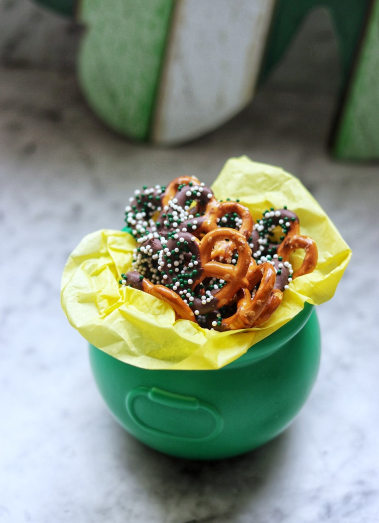 Kid-friendly St. Patrick's Day food ideas: St. Patrick's Day Pretzels