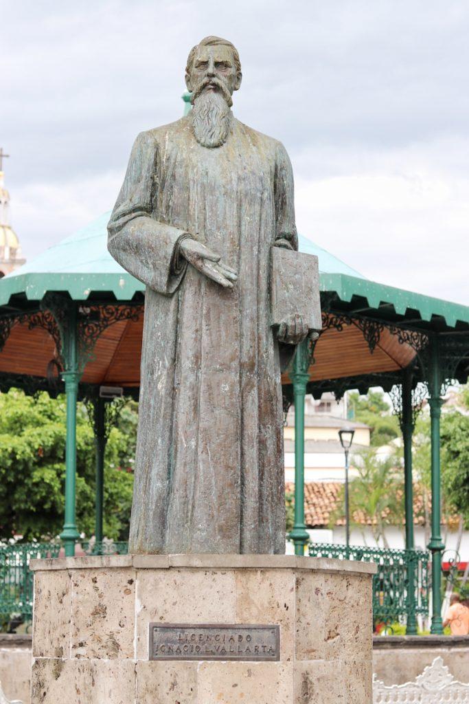 Statue of Ignacio Vallarta