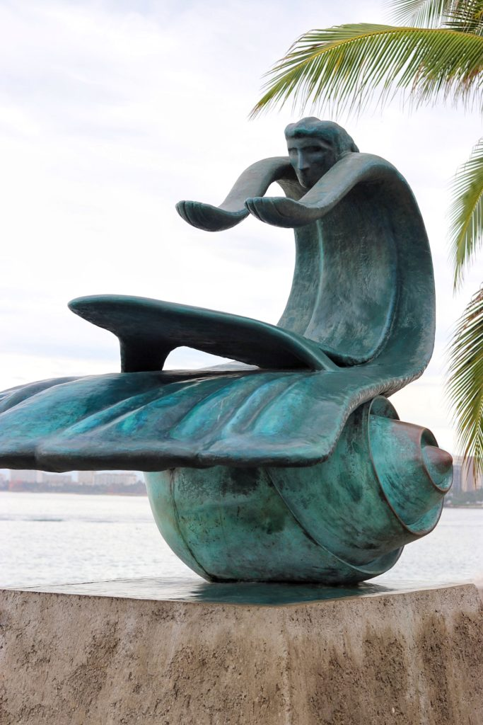 Mother Earth statue at the Malecón