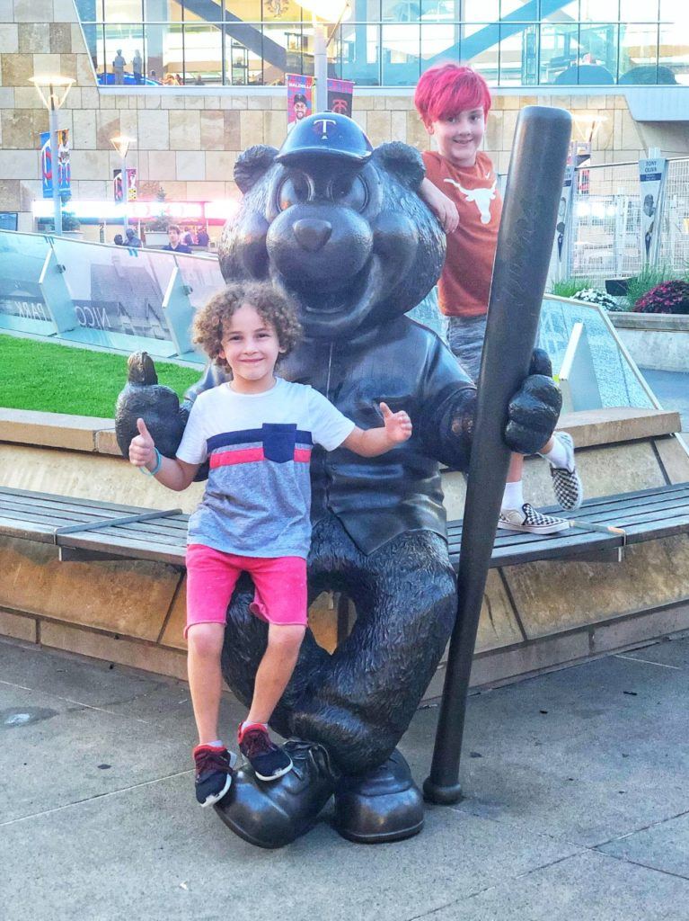 Minnesota Twins TC Bear mascot statue