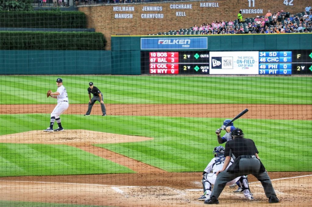 seeing a detroit tigers game at comerica park