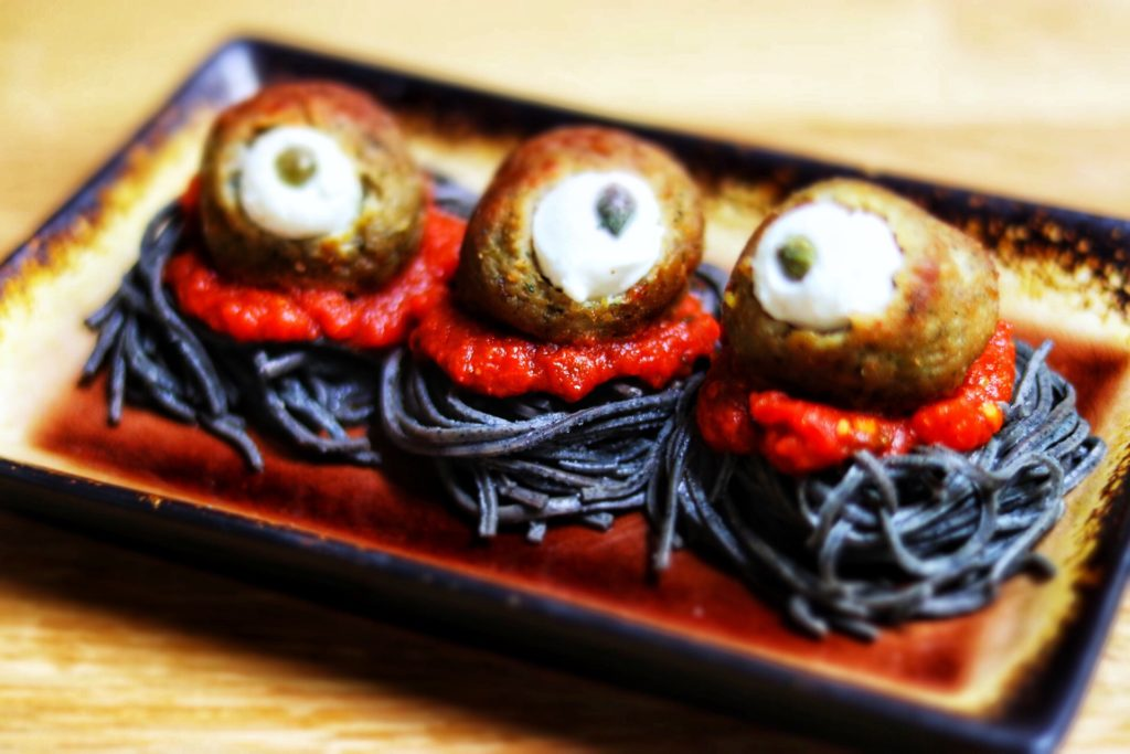 quick and easy kid-friendly Halloween recipe idea: spooky spaghetti with meatball eyeballs