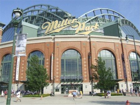 baseball stadium road trip: brewers miller park in milwaukee, wi