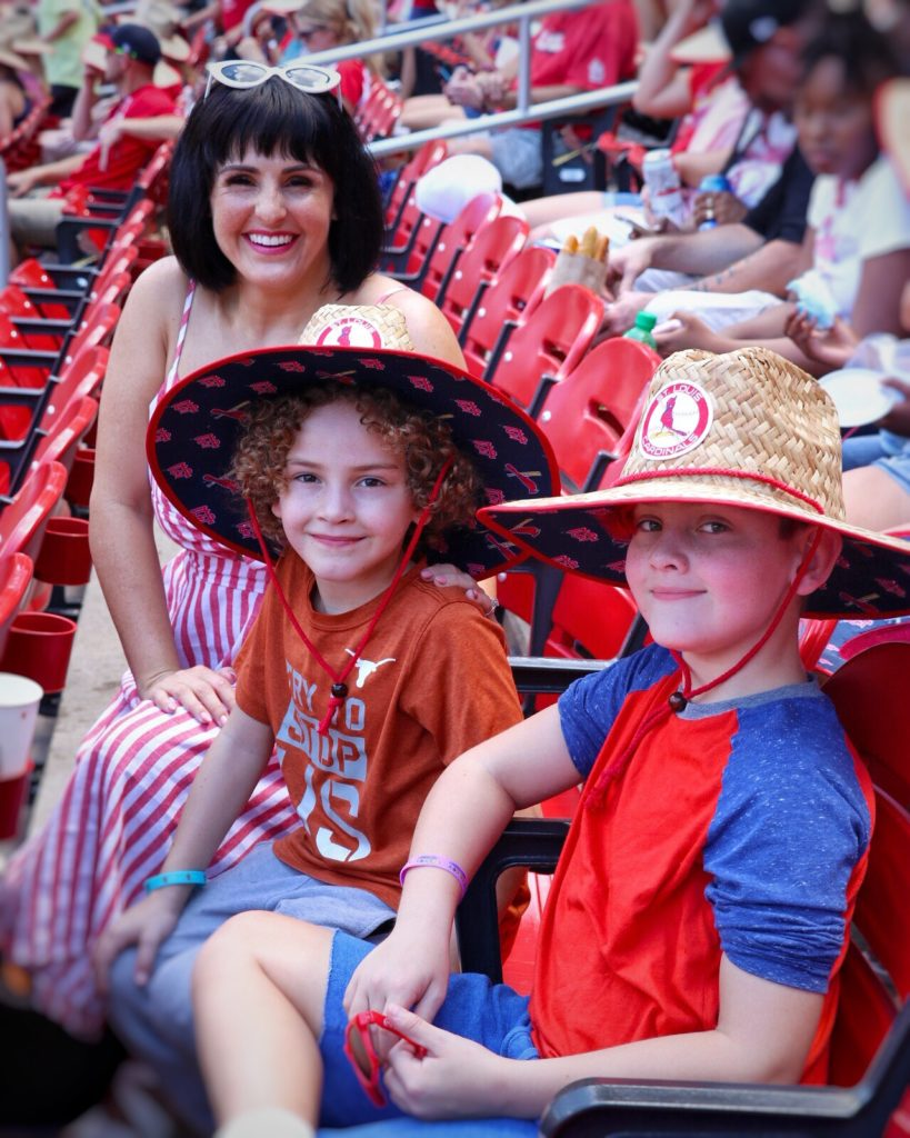 ultimate family baseball road trip: st. louis cardinals game at busch stadium