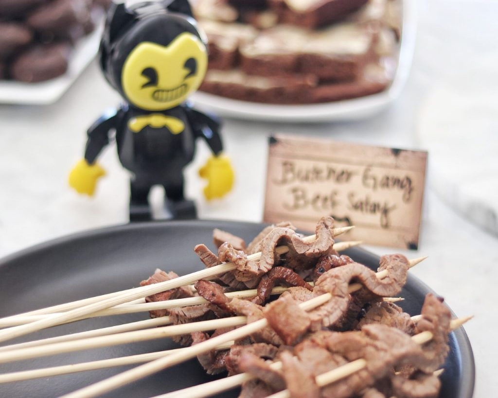 Butcher Game Beef Satay skewers - food idea for a BATIM party