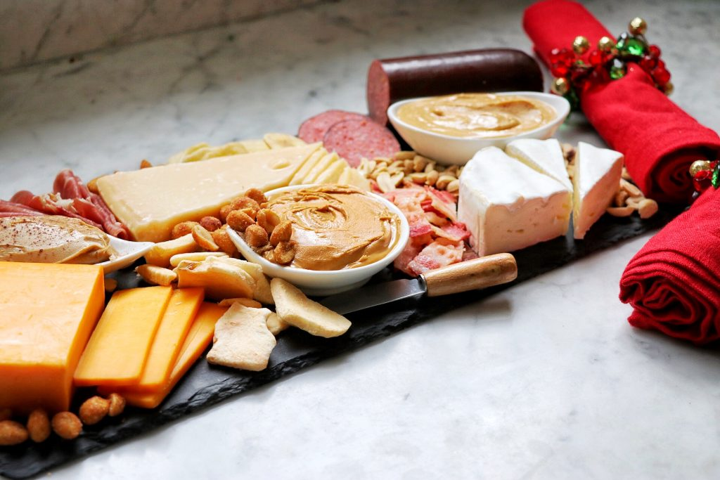 how to make a peanut butter charcuterie board