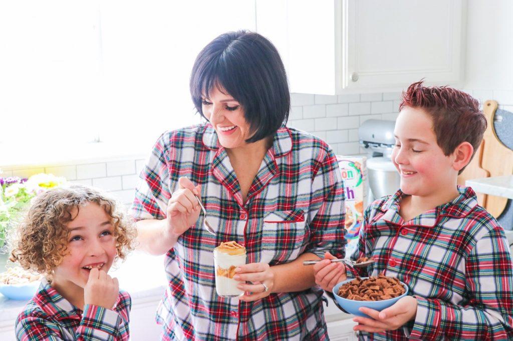 Easy breakfast for busy mornings: Cinnamon Toast Crunch Yogurt Parfait Recipe