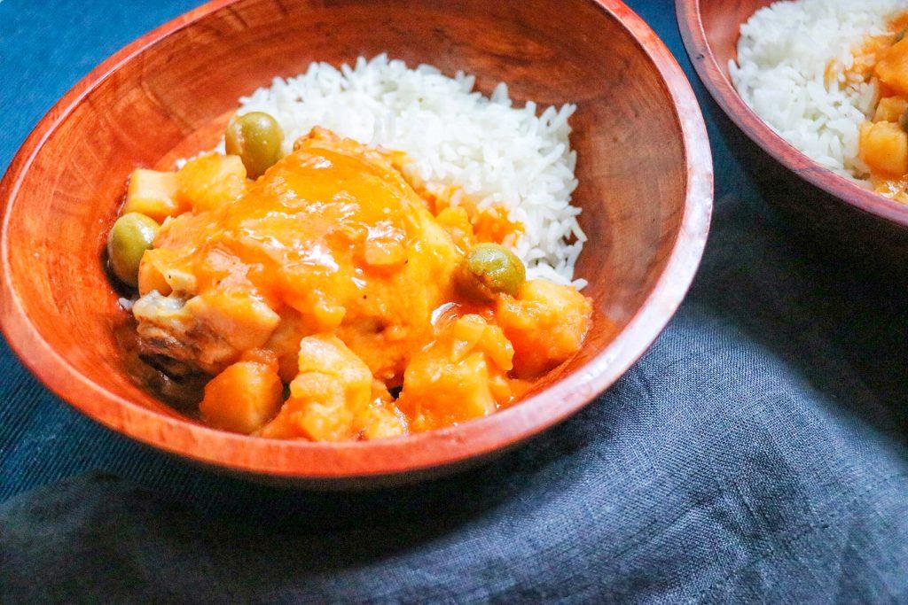 pollo estofado recipe adapted for the Instant Pot or pressure cooker