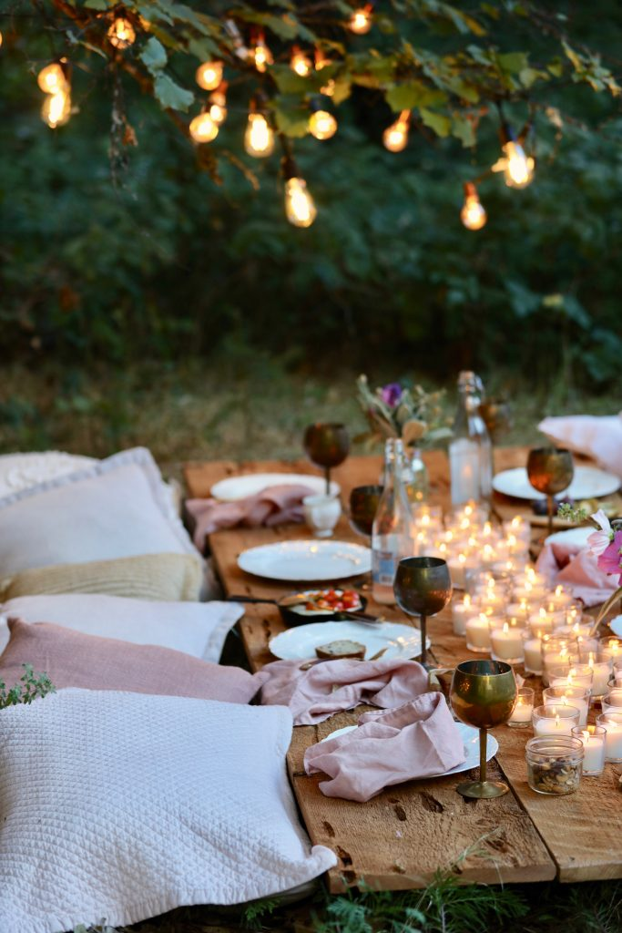 French country cottage decor for a backyard party