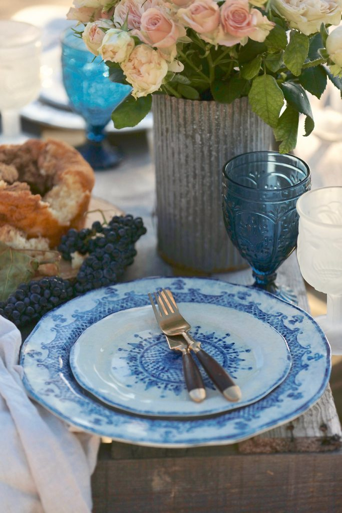 French country tablescape