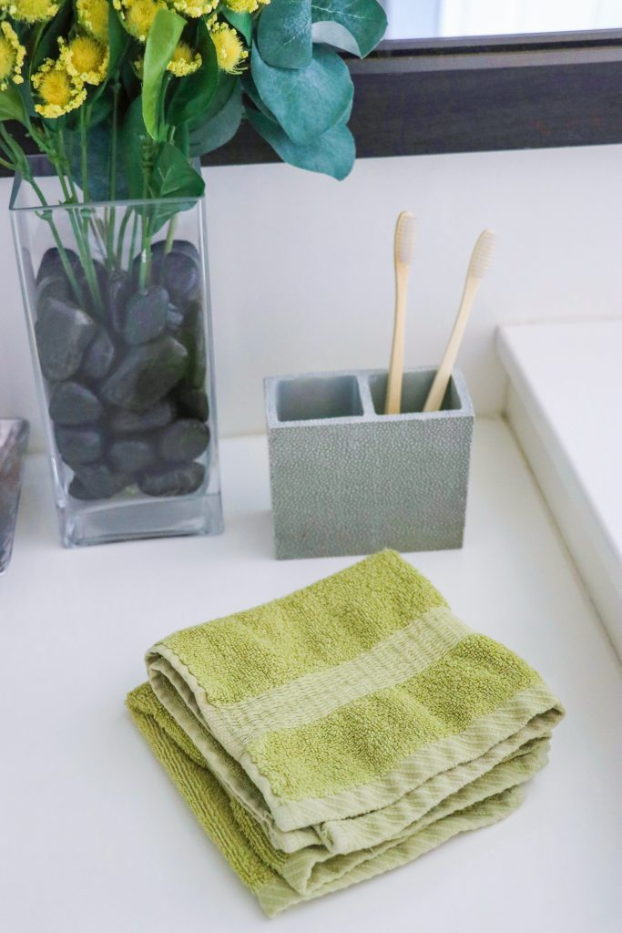 How to Green Your Bathroom: Easy, Eco-Friendly Swaps for a more sustainable bathroom
