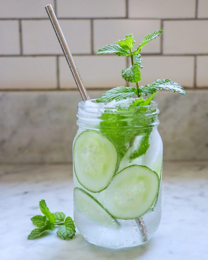 cucumber mint mocktail with sparkling water