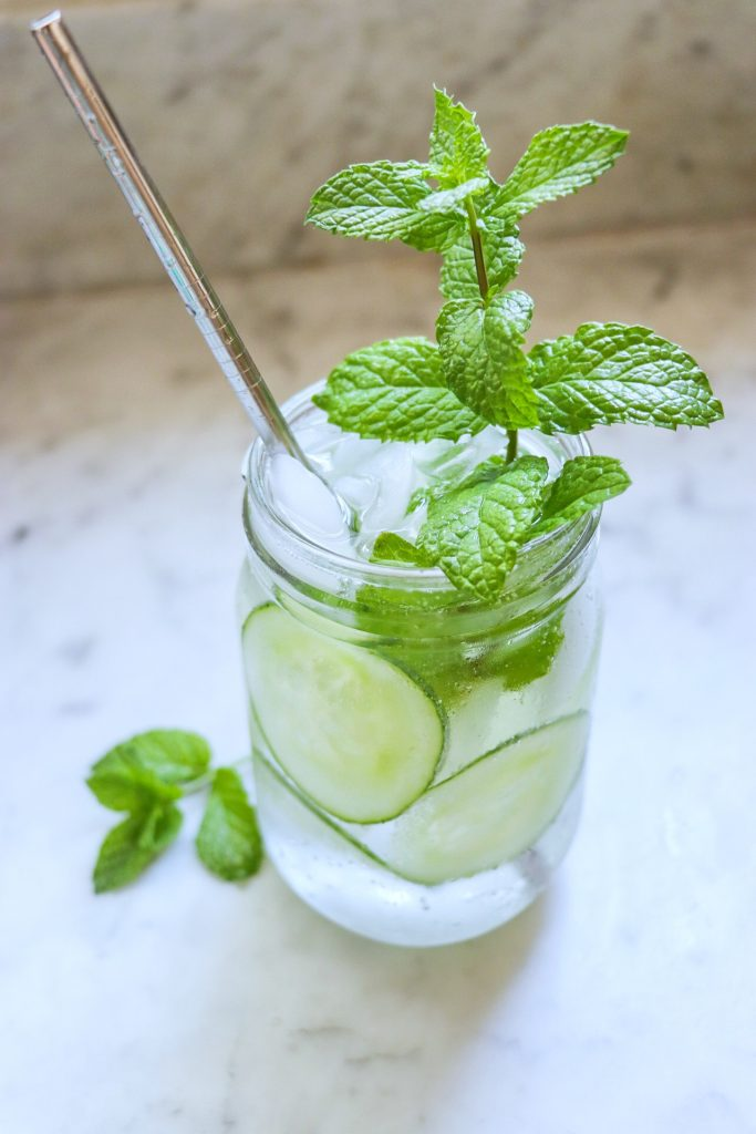 cucumber mocktail with mint