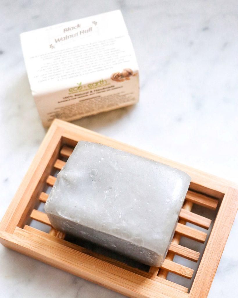 zero-waste products - shampoo bar