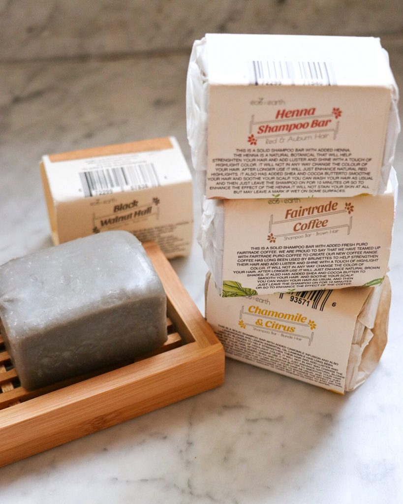 zero-waste products from Eco & Earth: plastic-free color-enhancing solid shampoo bar