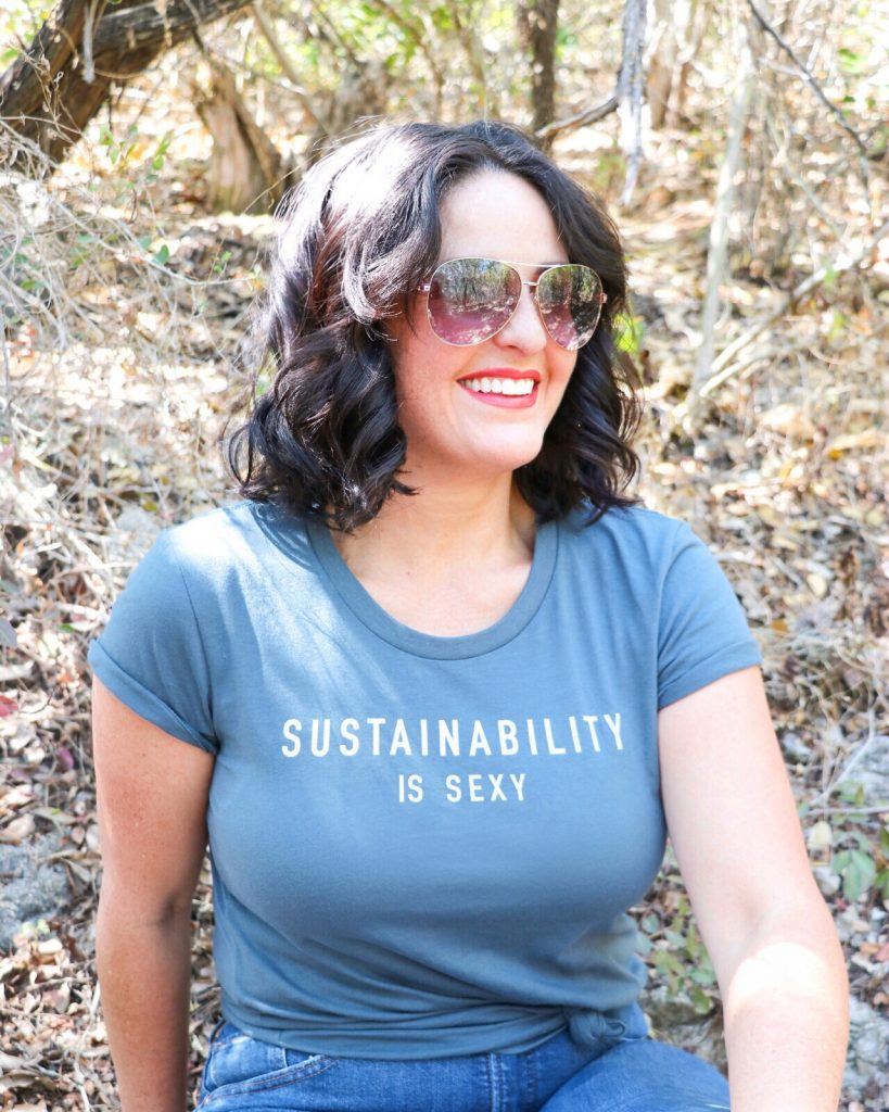 My latest zero-waste swaps - ways to reduce plastic use (organic cotton tee from Eco & Earth)