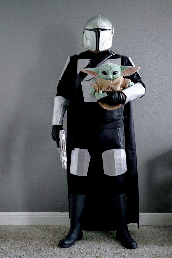 DIY Mandalorian Halloween costumes