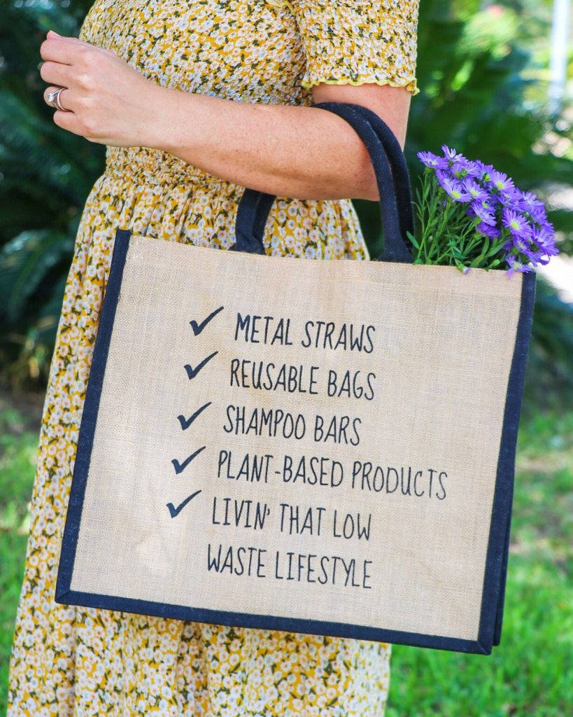 ways to reduce plastic use: low-waste lifestyle reusable shopping tote from Eco & Earth