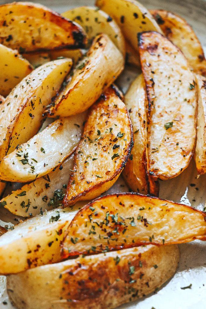 Lemon-Garlic Potato Wedges