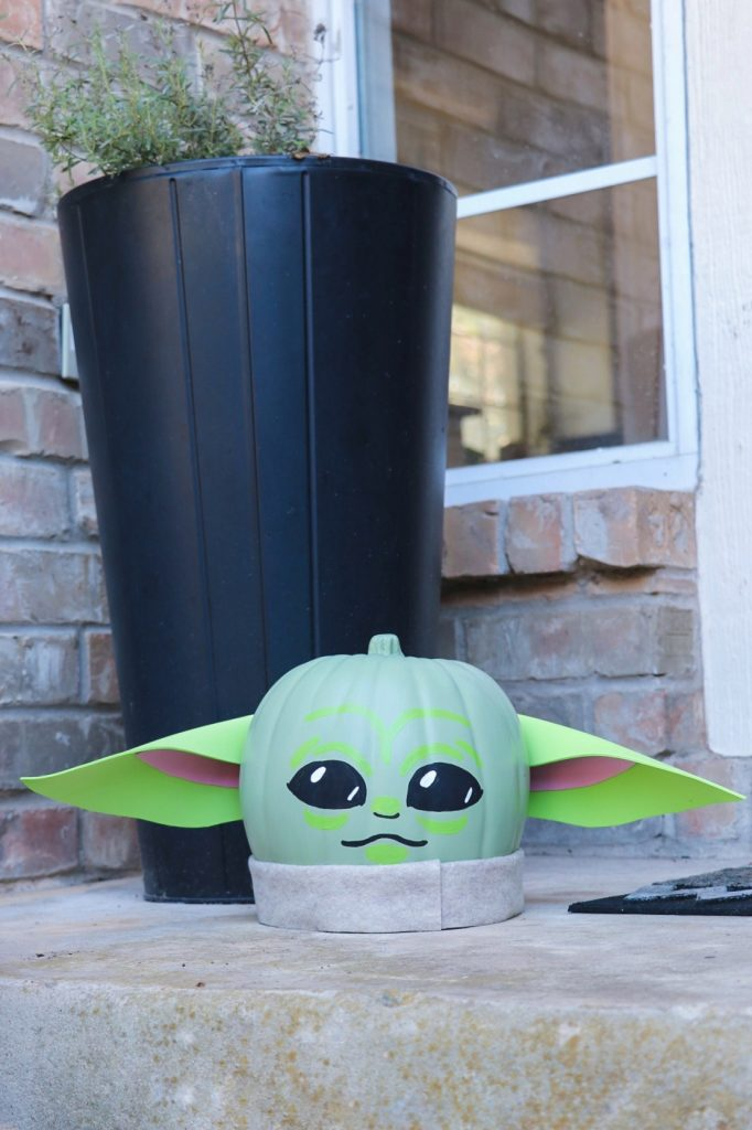 Star Wars Halloween ideas: Baby Yoda pumpkin