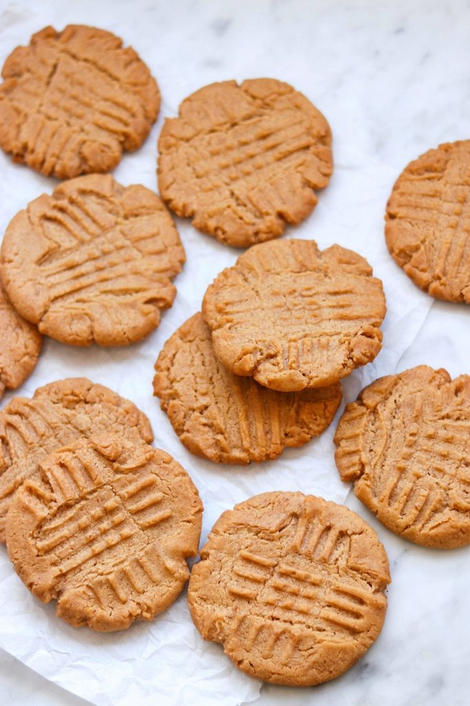 vegan peanut butter cookies (non dairy peanut butter cookies)