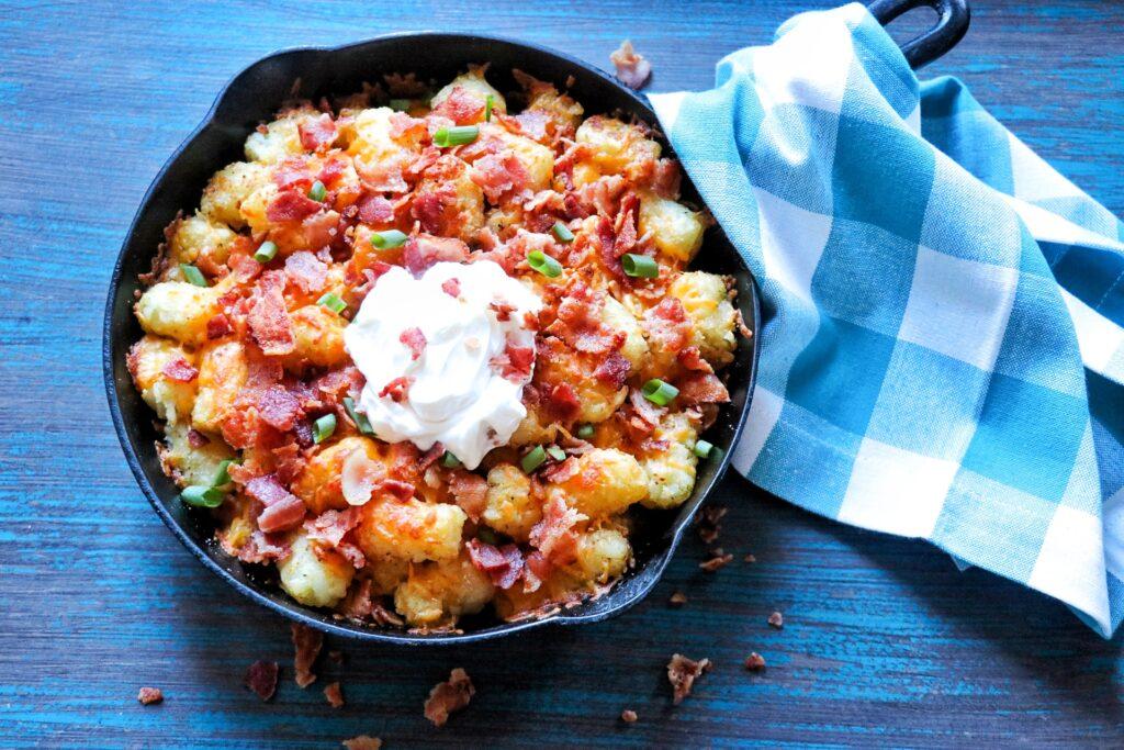 Tater Tot Side Dish Recipe: Cheesy Bacon Tater Tots