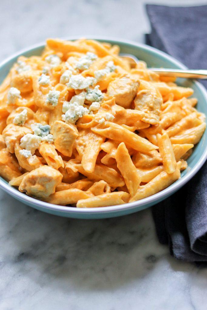 Instant Pot chicken pasta: Instant Pot Buffalo Chicken Pasta